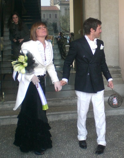 sposi con vestito abbinato black and white - matrimonio black and white