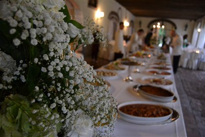 banqueting matrimonio total white