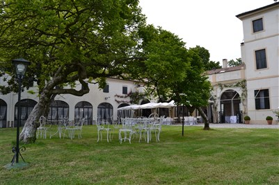 location matrimonio total white