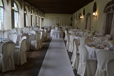 matrimonio total white: la location