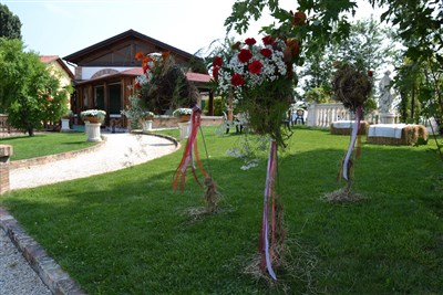 allestimenti floreali location per matrimonio country chic